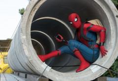 Человек-паук в трубе обои фильма