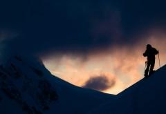 4K обои, Аляска, лыжи, лыжник, горы, природа, зима, снег скачать