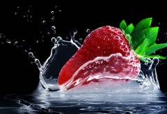 strawberry_water_splash-1920x1200