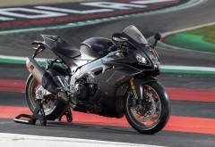 2019 Aprilia RSV4 1100 Factory мотоцикл обои HD