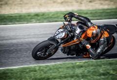 мотоцикл стритфайтер KTM 790 DUKE картинки