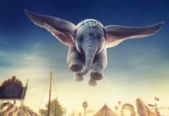 Дамбо полет в небе обои HD
