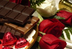 Шоколад, розовые сердечки, роза