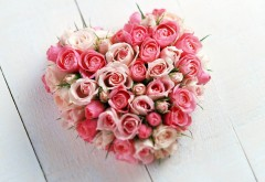 Букет роз в виде сердца