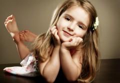 Фото красивой девочки для рабочего стола
