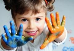 Ребенок, малышка, улыбка, девочка, краска, ладошки