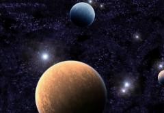 Красивая впрекция планет на фоне ярких галактик