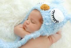 Спящий малыш HD обои для компа