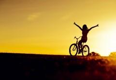 Девушка на велосипеде 1920x1200