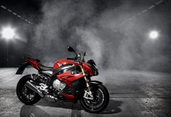 Мотоцикл 2014 BMW S1000R