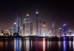 Ночные небоскребы в Дубае