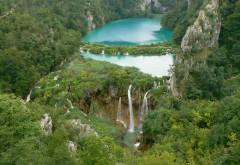 2304x1728 Шикарный водопад вид сверху
