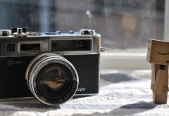 Картонный человечек и камера картинки бесплатно