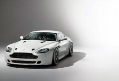 Aston Martin картинки автомобиля