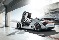 Обои для рабочего стола с автомобилем Porsche (Порше)