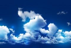 Голубое небо и облака заставки на рабочий стол