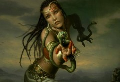 Девушка со змеёй картинки на рабочий стол