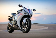 honda cbr 1000rr мотоцикл картинки на рабочий стол