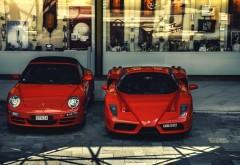 Автомобили Ferrari Enzo и Porsche Carrera заставки