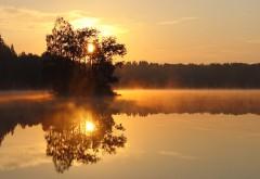 Закат на озере картинки для рабочего стола скачать