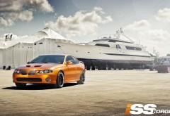 Оранжевый Pontiac GTO картинки для рабочего стола скачать