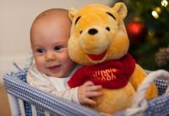 Обои маленького ребенка с Винни-Пухом