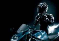 Пилот мотоцикла картинки для рабочего стола скачать