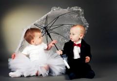 Мальчик и девочка, женишок и жёнушка, дети, малыши, обои