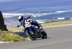 HD обои с спортивным мотоциклом