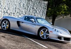 Снимок спортивного автомобиля Porsche