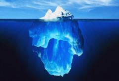Ледник айсберг под водой фоновые заставки скачать