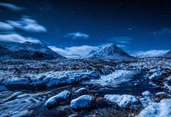 Ночное небо, звезды, горы, поток снег, зима, фоны, заставки