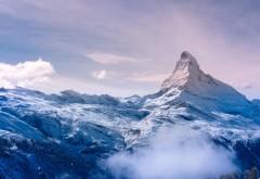 Снежная вершина, снеговые тучи, обои hd, бесплатно