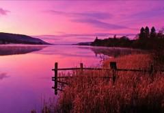 Фото прекрасного заката на горном озере