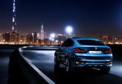 Широкоформатные обои с шикарным голубым BMW