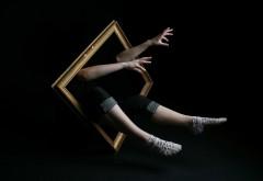 Рамка, руки, человек, нога, импровизация, фантазия, сюрр…