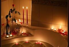 Романтика, свечи, шампанское, праздник, ванна, любовь, о…
