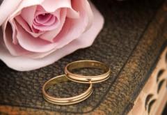 Обручальные кольца, романтические обои, любовные картинки, роза, заставки