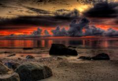 Заставка с прекрасным закатом на песчаном пляже