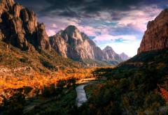 Широкоформатная картинка высоких и могучих гор