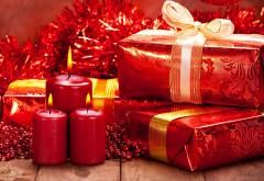 Новый год, подарки, красные свечки, Рождество, фото