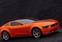 Красивенький Форд Мустанг