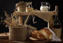 Натюрморт народный самогон, молоко хлеб