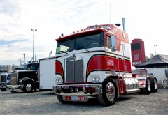 KENWORTH K100 рабочий стол полу грузовик