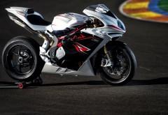 MV Agusta F4 мотоцикл