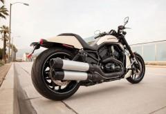 Harley Davidson Vrscdx бесплатно на рабочий стол