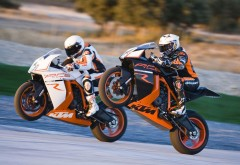 Ktm 1190 Rc8r Wheelie гонки