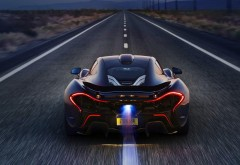McLaren P1 дорога