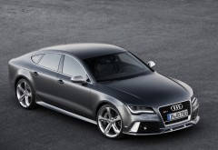 Audi RS7 черный вид сбоку