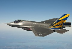 F-35 истребитель-бомбардировщик обои на рабочий стол